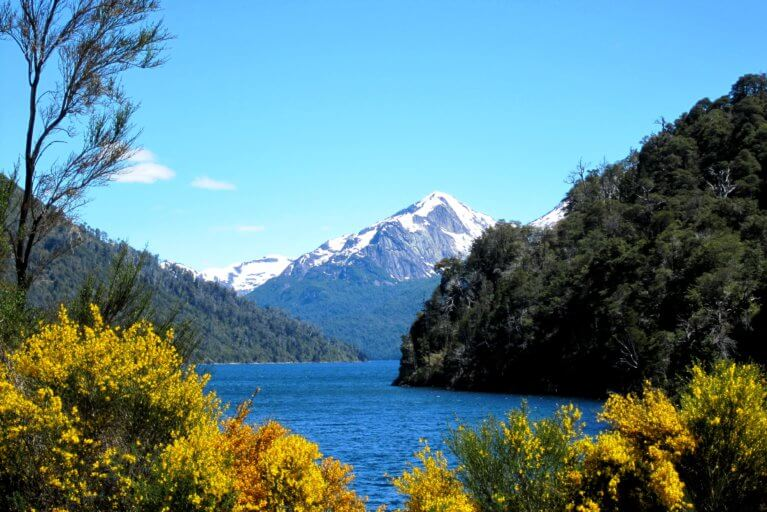 Mountain and lake views in the Argentine Lake District on a luxury trip