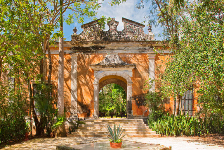 Colonial Deluxe Suite entrance at Hacienda Uayamon on a private tour of Mexico