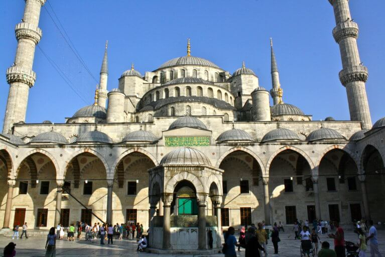Sultan Ahmed Mosque in Istanbul during luxury Turkey tour