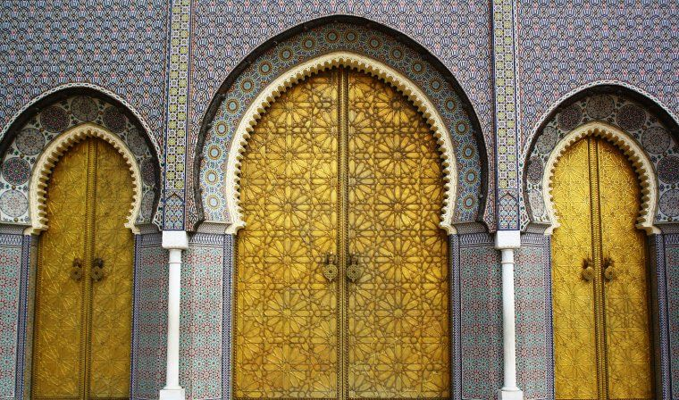Visiting the Royal Palace in Fes during private Morocco tour