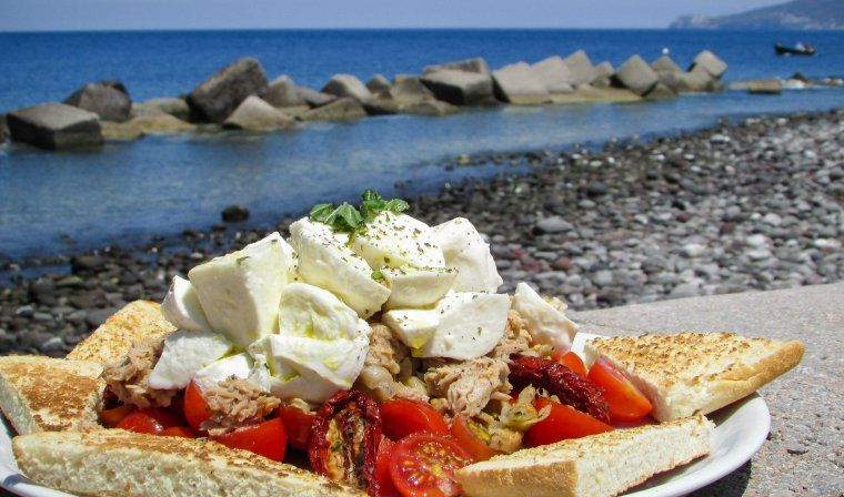 Italian sandwich during luxury Sicily tour